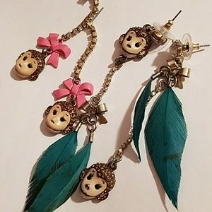 Betsey Johnson bundle earrings